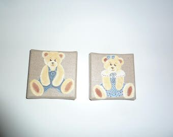 Set of two canvas coated with a couple of bears