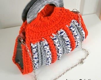 Handbag crocheted trapilho orange and grey and grey leather sides