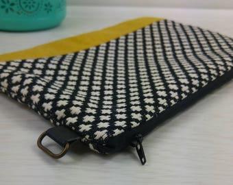 Jacquard pattern cross mustard, black and white patchwork bag