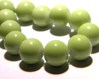 10 glass beads 12 mm - Green light - PG243-4