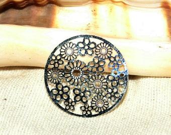 Engraving X 1 round filigree silver metal 20 mm.