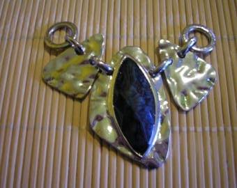 Silver geometric metal pendant