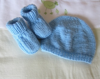 "All Blue Hat and booties ""birth"""