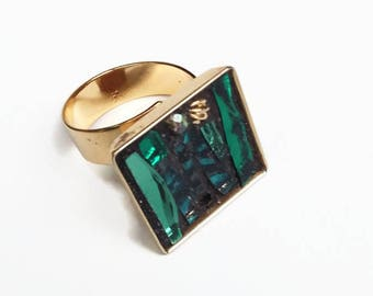Square metal color ring green mosaic gold