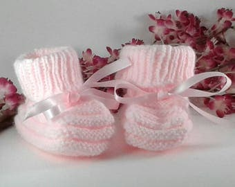 PAIR OF SLIPPERS LIGHT PINK HAND KNITTED