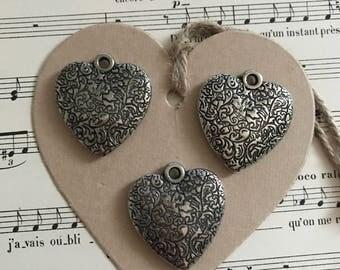 2 - Set vintage engraved hearts
