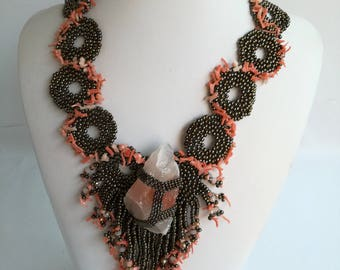 Freeform necklace crafted with calsite gemstones and mediterannean corals