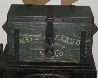 Small WELLS FARGO STAGECOACH Strongbox
