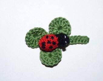 Ladybug on clover - applique crochet