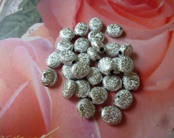 haematite oval silver powdered acrylic material