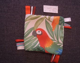 taggy square mixed extra soft red parrot pattern