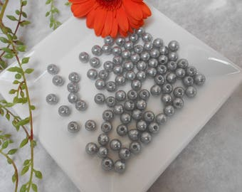 100 silver - 8 mm acrylic beads