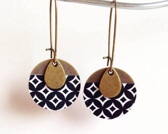 Black and White Earrings, Dangle Earrings, Round Earrings, Geometric Style, Gift for Her, Gift for women, Gift for Mom