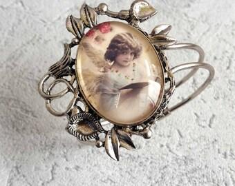Beautiful Shabby spirit Bracelet