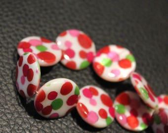 5 x round shell beads. Diameter: 20mm