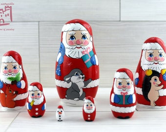 Santa Claus and Forest Friends Animals Matryoshka set of 7 pcs Stacking Wooden Russian Nesting Dolls
