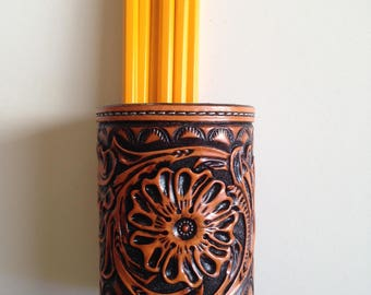 Leather tooled sheridan carving pencil holder