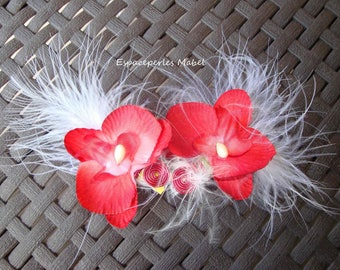 2 magnetic boutonnieres, flower red, white feather, wedding