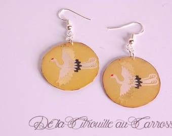 Japanese crane, gold earrings