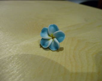 set of 20 15mm light blue polymer clay flowers
