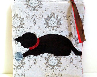 Playful Brown cat pouch. Zip.