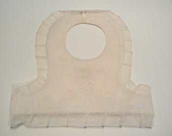 vintage white lace bib embroidered 50-70's