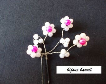 pics a bun in pink and white aluminum wire