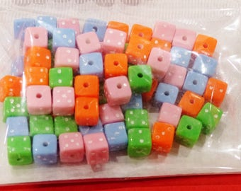 77 beads in the shape of from green blue orange pink 7 mm