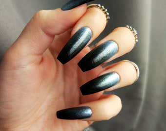 BLACK OMBRE and princess blue silver press on nails | fake nails | glue on nails | gothic witchy wiccan dark design | sparkle press on nails
