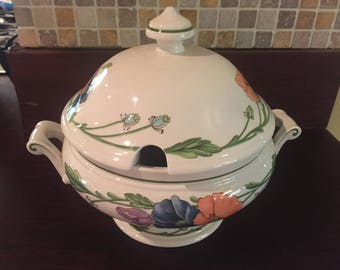 Villeroy & Boch Round Covered Tureen