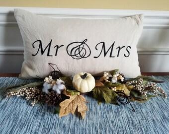 Mr & Mrs Feather Pillow. Throw Pillow. Decor Pillow. Wedding Pillow, Feather Pillow.
