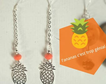 Dangling earrings, pineapple print
