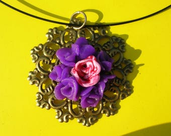 bouquet of roses pendant