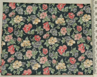 """Temptations"" 12 - Makower - patchwork fabric"