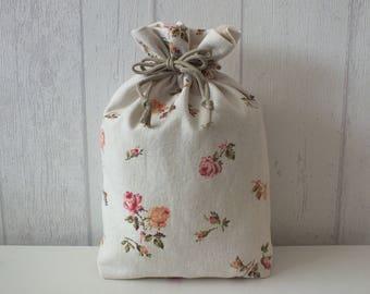 """Kinchaku"" ivory printed flowers pink purse/pouch bag."