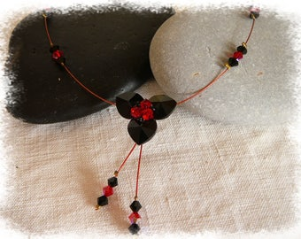 Necklace three black and Red swarovski crystal hearts
