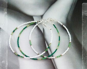 Circles bracelets green and white x 3 - any size