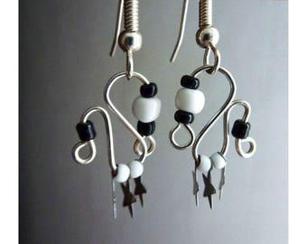 Earrings * b & W 3 stars * seed beads