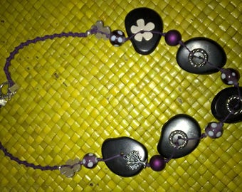 Necklace natural plum beads