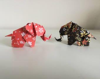 2 handmade origami elephants (Japanese Washi paper)