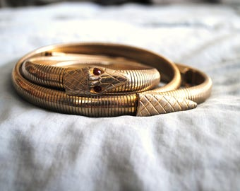 Incredible Gold Stretchy Snake Belt with Ruby Red Eyes