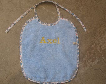 1 large bavcette blue embroidered Axel