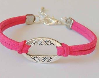 Suede suede color fuschia connector oval shape bracelet