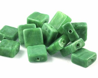 ♥X2 12mm♥ green square glass beads
