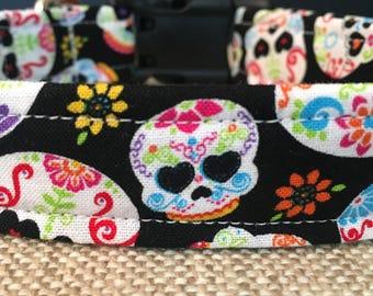Dog Collar/Skulls & Flowers/Adjustable Dog Collar/Fabric Dog Collar