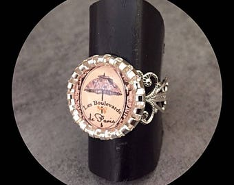 "Adjustable filigree ring with cabochon ""boulevards of Paris""-"