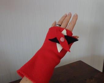 Red FLEECE mitten, separate thumb