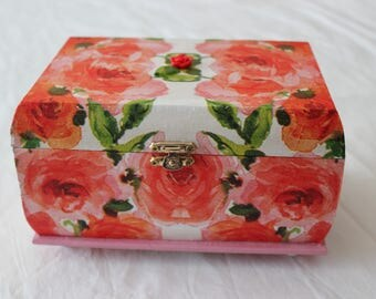"Jewelry box ""Rose garden"""