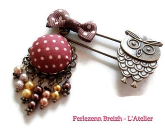 """Vintage bronze """"Little Owl"""" little OWL with fall brooch"""