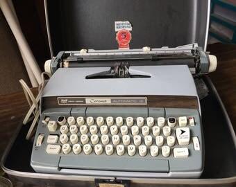 Vintage Smith Corona Automatic 12 Electric typewriter